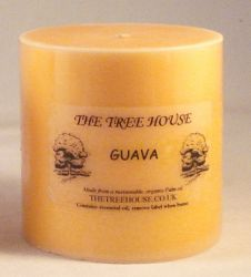 Organic Palm Oil Candle (7.5cm x 7.5cm) Guava Scented