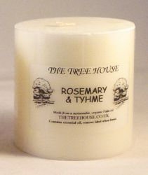 Organic Palm Oil Candle (7.5cm x 7.5cm) Rosemary and Thyme Scented
